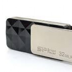 SP USB 3.0 Blaze B30 32GB Silicon Power