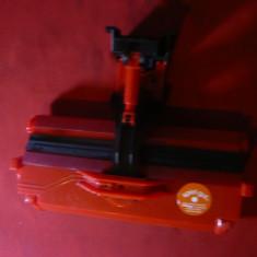 Jucarie - Perie mecanica de curatat Spiel Gut Germania, plastic, L= 17 cm