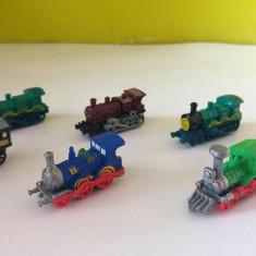 Lot 7 jucarii surprize ou Kinder, locomotive tren epoca (5diferite + 2dubluri) - Surpriza Kinder