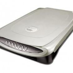 Microtek ScanMaker 5800 - Scanner