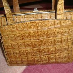 Poseta vintage, piele crocodil - Geanta vintage