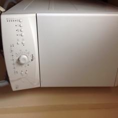 Masina de spalat rufe Whirlpool Whirpool