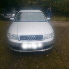 Dezmembrez audi a4 - Dezmembrari Audi