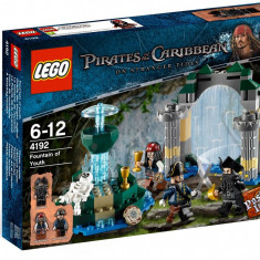 LEGO - Pirates of the Carribean ( Piratii din Caraibe ) Fountain of Youth #4192, 10-14 ani