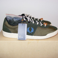 Adidasi Fred Perry Stockport Nylon/Suede Trainer Hunting nr. 41 si 42 - Adidasi barbati Fred Perry, Culoare: Din imagine, Textil