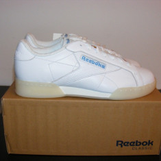 Adidasi Reebok NPC II Trainers White/Electric Blue nr. 42 si 44.5 - Adidasi barbati Reebok, Culoare: Alb, Piele naturala
