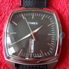 Superb ceas TIMEX-Dublu calendar! - Ceas barbatesc Timex, Elegant, Quartz, Inox, Cauciuc, Ziua si data