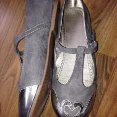 Pantofi pt fetite de la H&M, noi, nr 34, gri - Pantofi copii H&M, Fete