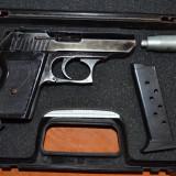 Vand 2 pistoale gaze model ekol 9 mm