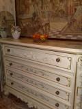 Comoda cu oglinda SILIK,ITALIA,stil baroc VENETIAN/shabby, 1,5m/2,65m, Comode si bufete, Dupa 1950