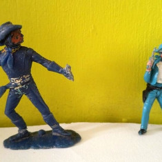 Lot 2 figurine West Germany vechi, vintage: cowboy, diorama