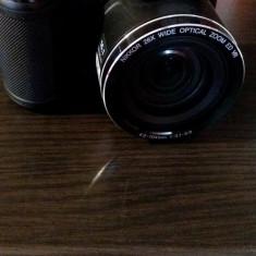 Vand camera foto Nikon L320 - Aparat Foto cu Film Nikon
