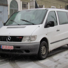 Mercedes Vito 112 9 locuri, 2.2 CDI, an 2001, Motorina/Diesel, 260000 km, 2148 cmc