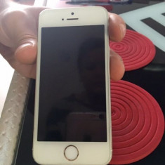 iPhone 5S Apple 16GB Gold, Auriu, Neblocat