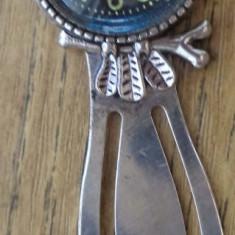 Semn de carte cu bufnita si imitatie de ceas route 66
