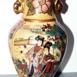 Vaza chinezeasca veche - din portelan - hand made -, Vaze