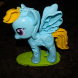 Rainbow dash- figurina mare din Playdoh. Ponei My Little Pony pentru plastelina