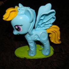 Rainbow dash- figurina mare din Playdoh. Ponei My Little Pony pentru plastelina - Figurina Povesti, 4-6 ani, Unisex