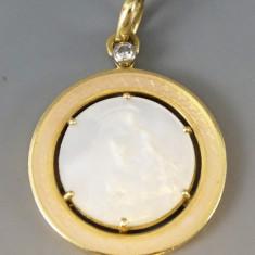 Pandantiv din aur cu camee si diamant - Pandantiv aur, 18k