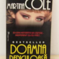 DOAMNA PERICULOASA -MARTINA COLE
