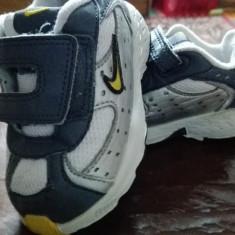 Adidasi copii Nike, Marime: 20, Culoare: Alb