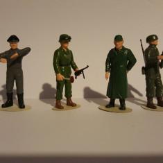 + Figurine 1/35 vopsite diversi soldati germani +