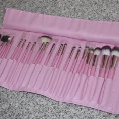Set 20 pensule machiaj Fraulein38 Pink