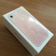 Vand iPhone 7 ROSE GOLD, 32 Gb, Nou, Sigilat, garanție 2 ani! - Telefon iPhone Apple, Roz