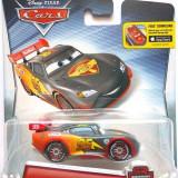 Masinuta Fulger McQueen Carbon Racers Cars 2