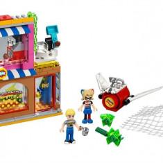 Salvatorul Harley Quinn™ (41231) - LEGO Super Heroes