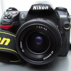 Vand Nikon D200 + Obiectiv Nikkor 35-70 + accesorii - DSLR Nikon