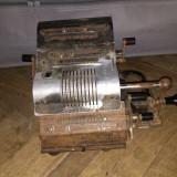 Mașină veche de calcul Brunsviga 13 zk
