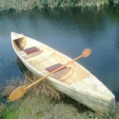 Barcă/Canoe din lemn