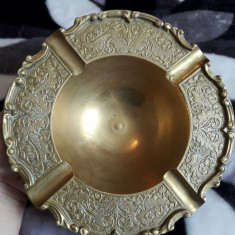 DEOSEBITA SCRUMIERA DIN ALAMA MASIVA, INDIA - Metal/Fonta, Ornamentale