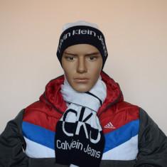 Set Caciula Fes + Fular Bumbac Calvin Klein