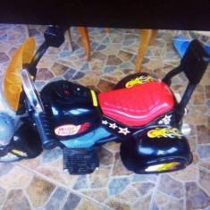 Mașinuțe copii baterie - Masinuta iUni
