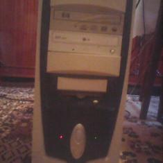 Sist.PC Intel Pentium 4 cpu 3, 0 Ghz, 4 Gb Ram, hdd 100 Gb, DVD-RW+Monitor L48 - Sisteme desktop cu monitor Dell, 100-199 GB, 2501-3000Mhz, Socket: 478