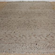 Covor din lana naturala, impletit, 257X172 cm; Mocheta - Covor vechi