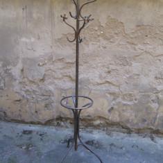 Cuier pom din fier forjat, antic, vechi