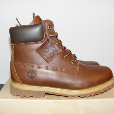 Ghete Timberland 6 inch Premium Boots Brown Leather 8232A nr. 40 - Ghete barbati Timberland, Culoare: Din imagine, Piele naturala