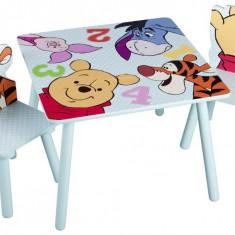 Set masuta si 2 scaunele Disney Winnie and Friends