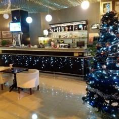 Lichidare cafenea-pizzerie - utilaje+mobilier noi !