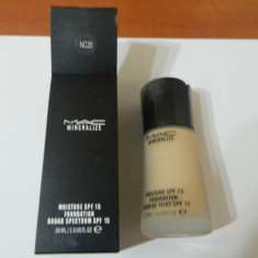 FOND TEN MAC MINERALIZE -30 ML ---SUPER PRET, SUPER CALITATE! C20 - Fond de ten Mac Cosmetics
