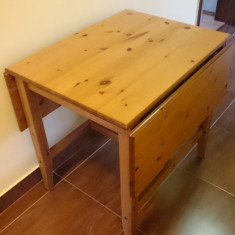 Masa extensibila Ikea lemn masiv de pin - Masa bucatarie