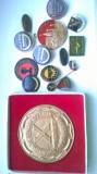 insigne diferite si placa Combinatul Targoviste
