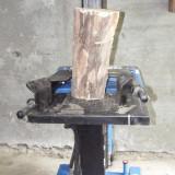 Aparat crapat-lemne vezi detaliile in fotografii
