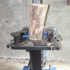 Aparat crapat-lemne vezi detaliile in fotografii - Masina de taiat