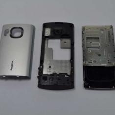 Carcasa Nokia 6700 slide Originala 3 Piese Swap Argintie