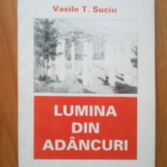 B2b Lumina din adancuri - Vasile T. Suciu