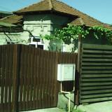 Casa in Pitesti - Casa de vanzare, 60 mp, Numar camere: 3, Suprafata teren: 385
